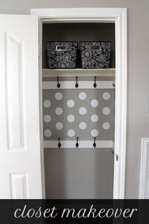 Organized and functional Closet Makeover tutorial on { lilluna.com }