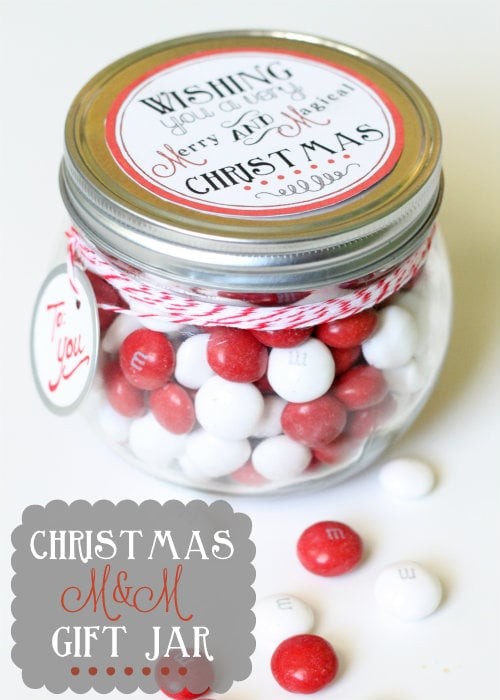 Christmas M&M Gift Jar!! Such an easy cute little idea!!