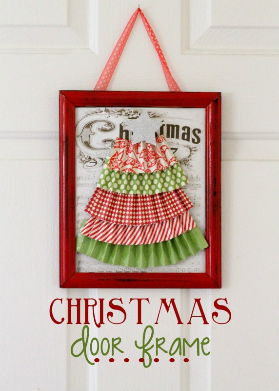 How to make this inexpensive Christmas Door Frame - so cute and easy! { lilluna.com }
