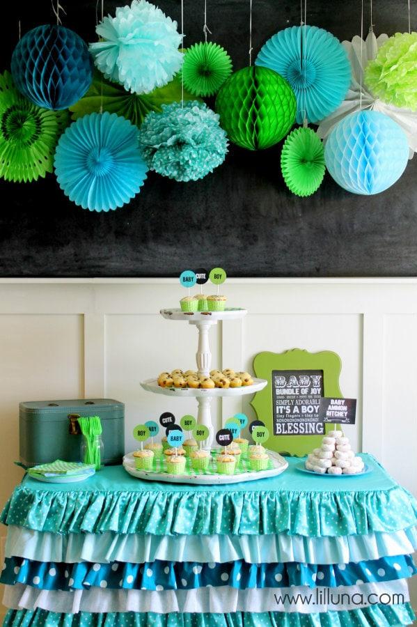 CUTE Baby Shower decor { lilluna.com } Great decor & food & ideas to throw a color themed baby shower.