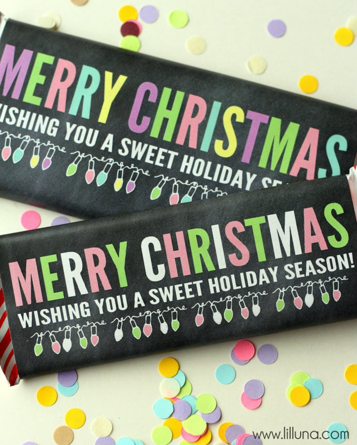 FREE Merry Christmas Candy Bar Wrappers - cute but inexpensive gift idea!! { lilluna.com }