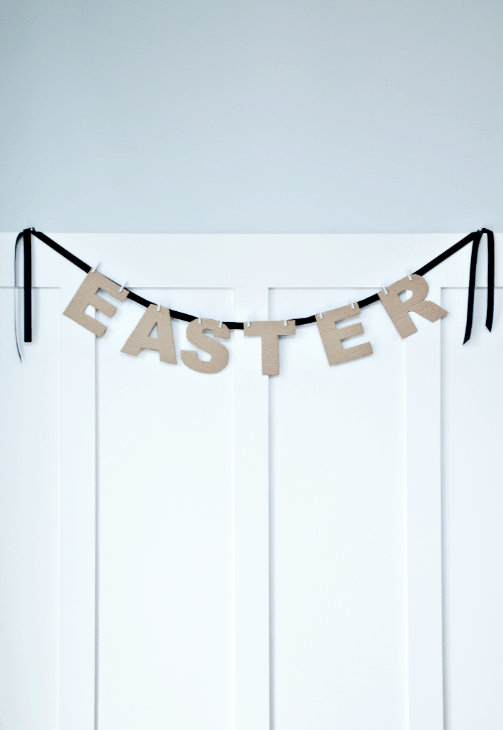 Easter Banner Tutorial on { lilluna.com } Super simple and easy to make!! Use cardboard or pick out some cardstock, it's that easy!