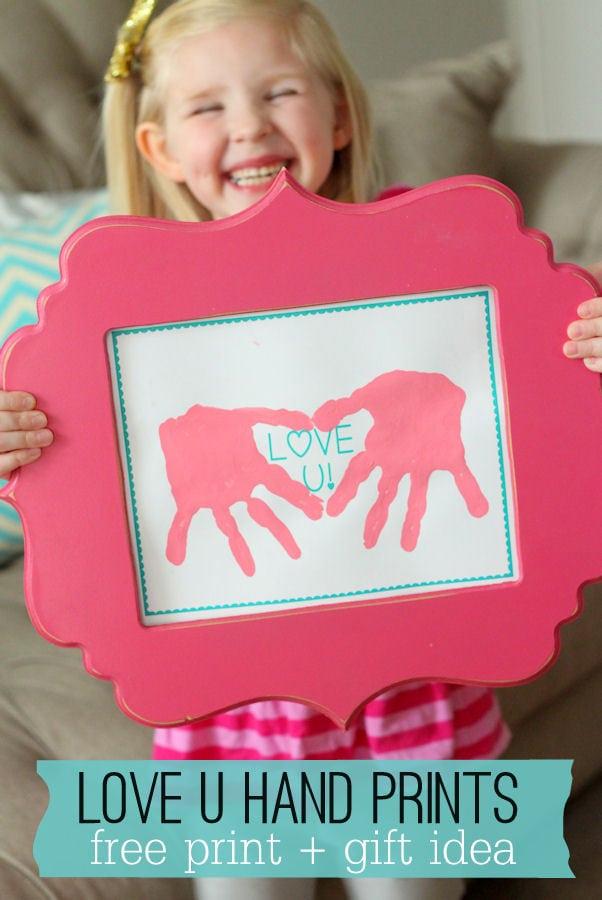Cute LOVE U Hand Prints printable - perfect gift for Valentine's Day! { lilluna.com }