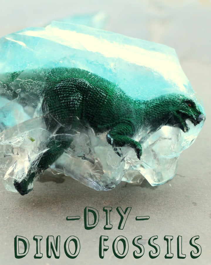 DIY Dino Fossils - the kids loved doing this! { lilluna.com } All you need is a toy dinosaur, water, and a plastic container.