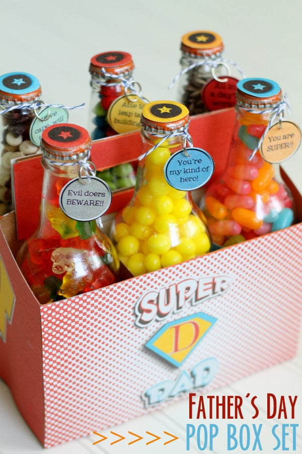 Super Dad Pop Bottle Set - free prints on { lilluna.com } Perfect for Father's Day, just fill with treats!