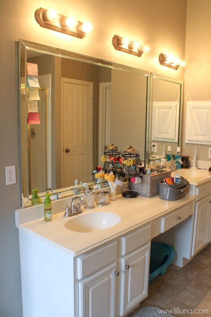 Master Bathroom Makeover on { lilluna.com } Great tips and ideas to help inspire your own creativity!!