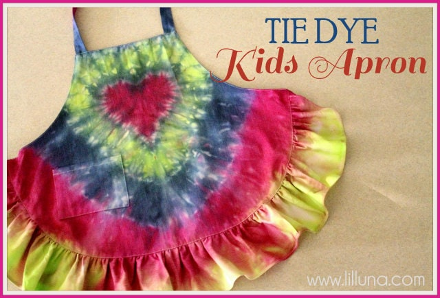 Tie Dye Kids Apron Tutorial! Easy and so cute! Your daughter will love it!