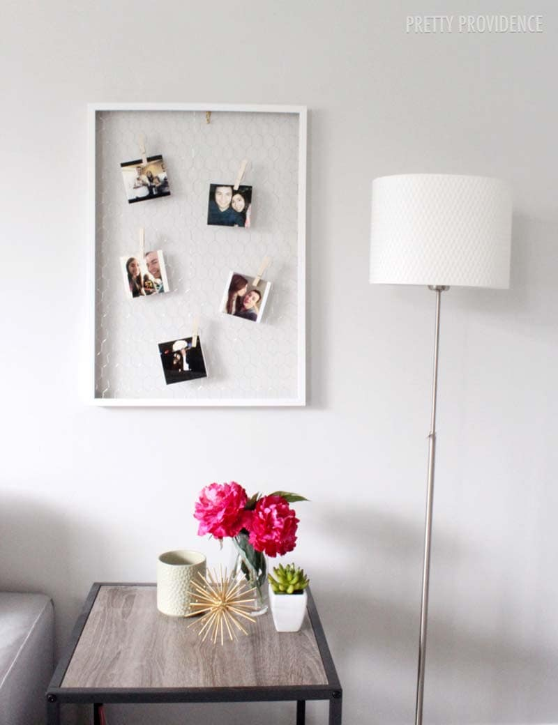 DIY Chicken Wire Photo Display!!  Perfect for any bedroom or to display Instagram photos!