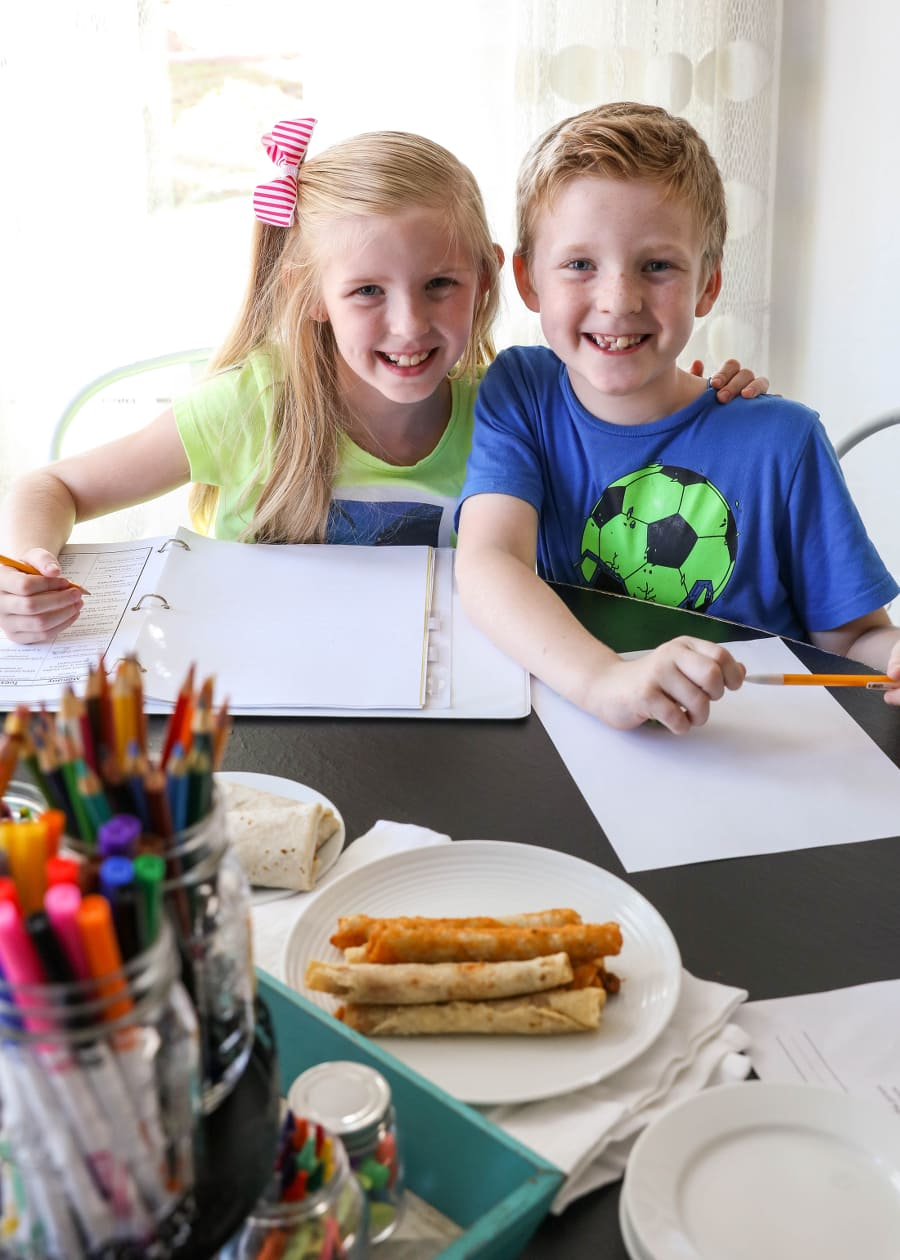 Back 2 School snacks and tips with El Monterey.